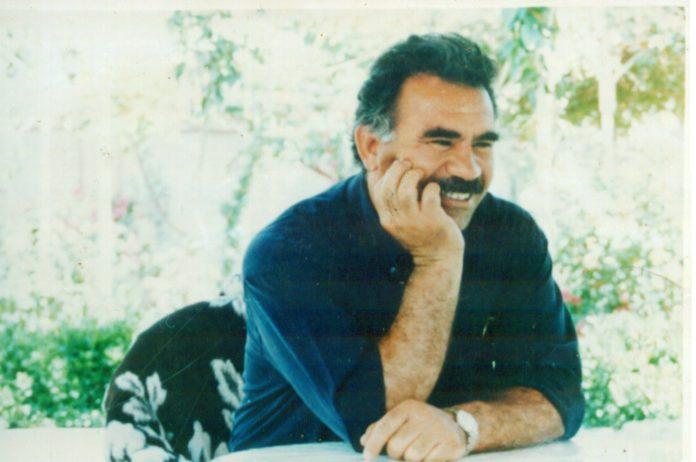 La Campagne pour la paix au Kurdistan a envoyé ses vœux de solidarité et d'amitié à Abdullah Öcalan, à l'occasion de l'anniversaire du leader kurde qui a aujourd'hui 72 ans.